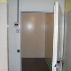 NZ70 Hűtőkamra 1500x2000x2300 Padlóval